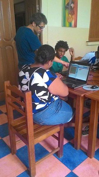 Formación de monitores locales aula Integranet 2015 (3)