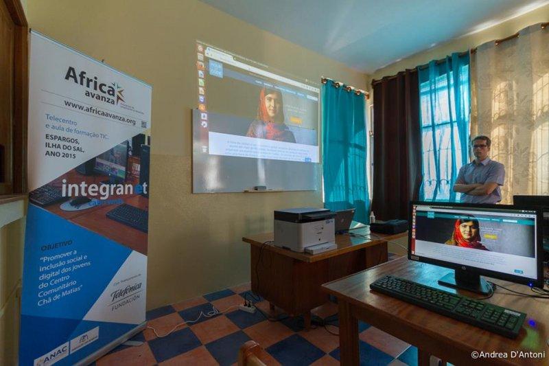Montaje y prepapación equipos del aula Integranet 2015 (16)