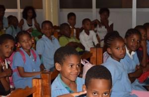 Niños de la Associação Chã de Matias en Espagos, Isla de Sal, Cabo Verde
