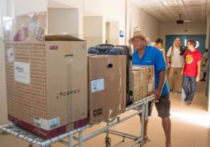 Voluntarios de la 20ª MSCV en el Hospital de Sal