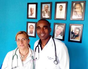 Dra. Gonzalez, Nefróloga y Dr. Moreira Delegado de Saude de Sal