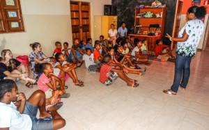 formación sobe prácticas de higiene sexual a los niños, niñas y jóvenes del Centro2