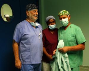 Dr. Bilbao, Enfermera Montinha y Dr. Renedo
